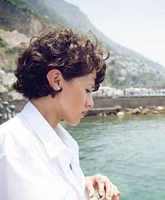 30- Short Curly Hairstyles