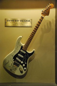 Stevie Ray Vaughan's Guitar @ blues bar, Chicago