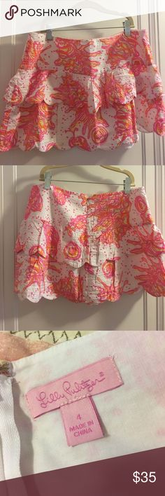 Lilly Pulitzer skirt Adorable colorful Lilly skirt. Great condition. Ships asap. Smoke free home. ✨ Lilly Pulitzer Skirts Mini