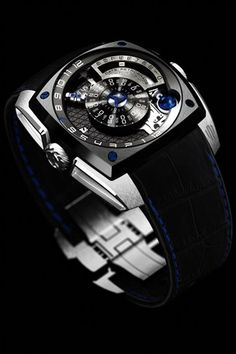 http://www.gq-magazine.co.uk/watches/articles/2015-10/26/the-gq-watch-guide-2016/viewgalleryframe/0?