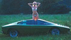 Konzeptautos und Fotomodels der 1970er. Als man nie wusste, ob es um die Damen…