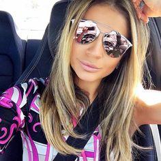 ᏴᎾᎷ ᎠᏆᎪ!! O que acha de colocar na sua #lista de #desejos #óculos com a #cordoano   #rosaquartzo #quartz #pink #diorreflected #thassianaves #poderosa #carfie #oticaswanny #fashionblogger #blogguer #pantone