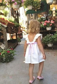 Farm Stand Chic how we see the kids that come Cute Dresses, Girls Dresses, Flower Girl Dresses, Cute Outfits For Kids, Girly Outfits, Girls Fashion Clothes, Kids Fashion, Kids Nightwear, Baby Girl Patterns