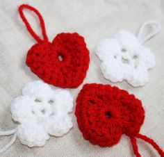 Merry Christmas Decoration Snowflakes Red Flowers Hearts Gift tag Adornments Swedish traditional Folk art Crocheted White Red (4) Handmade