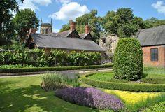 Trinity House, House Gardens, Leicester, Wales, Scotland, Golf Courses, Home And Garden, England, Explore