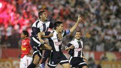 Ernesto Arakaki, Ex jugador de futbol  y Capitan del Alianza Lima