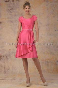 www.gardennearthegreen.com Modest Bridesmaid dress