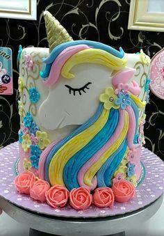 Pastel Rainbow  Unicorn  Cake . #creativecakes #pastelunicorn