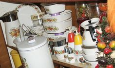 Retro 70's Canisters Corning Ware Spice of Life by 2mnedolz, via Flickr