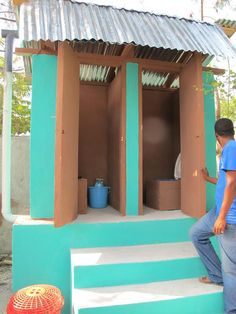 Thanks to you, we raised enough from the Oxfam ad during #UndercoverBoss last week to build 128 latrines like this! via @OxfamGB