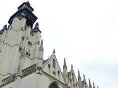 Iglesia de Notre Dame de la Chepelle en Marolles: un barrio bohemio rebosante de buen rollo en Bruselas