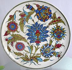 Minyatür Desenli El Yapımı çini Tabak Modeli Pictures Turkish Design, Turkish Art, Islamic Tiles, Islamic Art, Blue Pottery, Ceramic Pottery, Pottery Painting, Ceramic Painting, Islamic Paintings