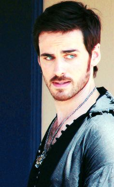 Captain Hook - Colin O'Donoghue - Once Upon a Time on set Season 4