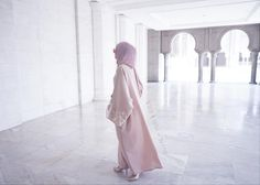 Introducing our first #blushedabaya collection;    Ivory Petals  Soft linen fabric  Ready stock available  For purchase/inquiry, kindly dm us.    #abayamalaysia #abayalover #cream #white #pastel #marble #masjid #islamic #architecture #muslimah #ootd #hijabi