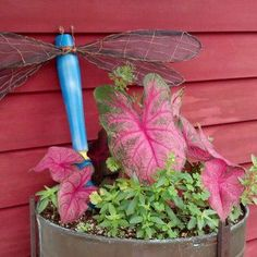 Making dreamy dragonflies for the garden | Flea Market Gardening