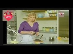 Pastel de frutos secos - YouTube Anna Olsen, Osvaldo Gross, Pan Dulce, Paula Deen, Food And Drink, Flan, Mary, Youtube, Cake Recipes