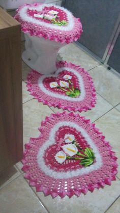 Image gallery – Page 383931936975783383 – Artofit Crochet Doily Rug, Crochet Bedspread, Crochet Crafts, Crochet Projects, Crochet Patterns, Bathroom Crafts, Bathroom Rugs, Bath Rugs, Dorm Door Decorations