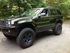 Lifted Jeep Grand Cherokee Wk