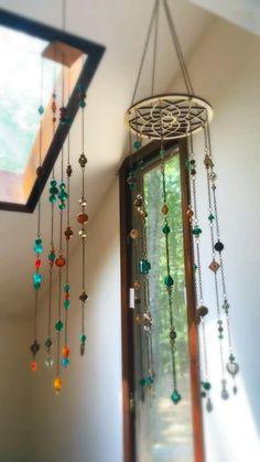 Wire Crafts, Fun Crafts, Diy And Crafts, Hippie Home Decor, Diy Home Decor, Hippie Crafts, Carillons Diy, Diy Wind Chimes, Diy Bird Feeder
