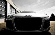 automotivated:  Audi R8 (by Zanthia)