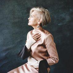 Quando uma professora de 63 anos acidentalmente se torna um ícone da moda