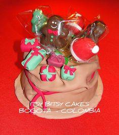 SANTA'S BAG MINICAKE. Decortated with cakepops.  https://www.facebook.com/CUPCAKESBOGOTAITSYBITSYCAKES
