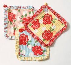 Swell Pot Holder Set