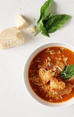 Fall and winter are all about comfort food, like this delicious Tuscan Tomato Soup!!!
