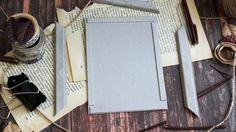 Сегодня мой мастер-класс будет посвящен созданию винтажной фоторамки с нуля. Итак, что нам понадобится: 1) переплетный картон; 2) клей ПВА и клей Момент (Кристалл, Гель), можно Титан; 3) грунт белый; 4) текстурная паста; 5) маска; 6) акриловая белая краска и бронзовая краска; 7) спреи бирюзовый и коричневый; 8) наждачка; 9) кисточки; 10) мастихин.