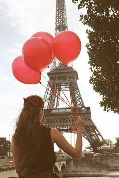 Red Balloons in Paris Eiffel Tower Paris by rebeccaplotnick