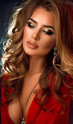 All Beautiful Women Beautiful Eyes, Gorgeous Women, Tumbrl Girls, Photo Portrait, Girl Body, Woman Face, Pretty Face, Pretty Woman, Beauty Women