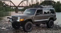 2006 Jeep Commander Limited Toyo Open Country M T