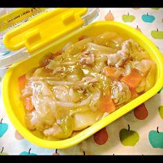 昨日の夕飯、野菜炒めのリメイク - 2件のもぐもぐ - 中華丼弁当♪ by kaomarumaru