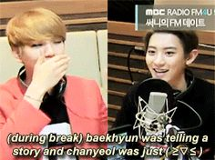 Chanyeol the clapping seal of EXO ft. The beautiful hands of Baekhyun