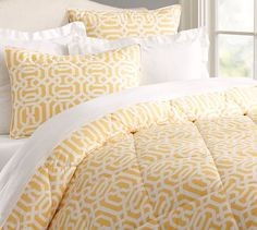 http://www.potterybarn.com/products/terri-trellis-comforter-neutral/?pkey=cbedding-whats-new