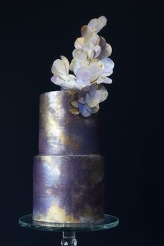 A shimmering beauty of cake in purple, gold and silver metallics. Wafer paper abstract decoration. Creative Wedding Cakes, Wedding Cake Designs, Luxury Cake, Wafer Paper, Cake Flavors, Sugar Flowers, Purple Gold, My Design, How To Memorize Things