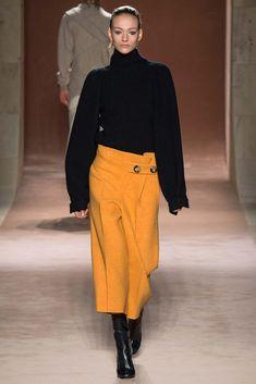 New York Fashion Week, Victoria Beckham Otoño Invierno 2015 Fashion Mag, Fashion Week, New York Fashion, Winter Fashion, Fashion Show, Fashion Design, Fashion Beauty, Victoria Beckham Stil, Vb Collection