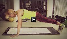 Video/ Allenati con Federica Fontana: passiamo alle braccia con i piegamenti