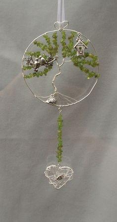 "Peridot ""love birds in a tree"" suncatcher - The Supermums Craft Fair"