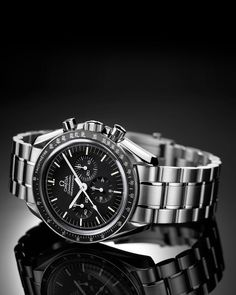 Omega Speedmaster. Selected by NASA to equip all astronauts of the Appollo missions, it's been the first watch worn on the moon. Designed in 1957.