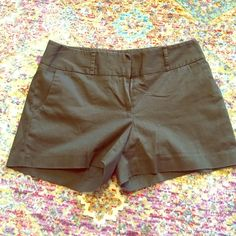 Army Green Dress Shorts Army green dress shorts light and comfortable fabric never worn 3 inch inseam would look great with a flirty top Shorts