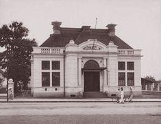 Het pand van de Nederlandsche Handel Maatschappij te Bandoeng 1920.