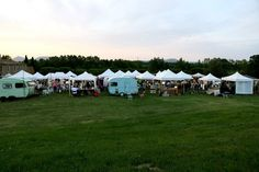 panorámica del White Summer Market & Party...