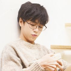 Lee Hyun-woo was bornon March 1993 in Anyang, South Korea. South Korean actor known for his childhood roles in such films and. Asian Actors, Korean Actresses, Korean Actors, Actors & Actresses, Park Hyun Sik, Lee Jong Suk, Lee Min, Jun Jin, Lovely Love Lie