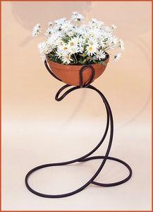 Кованая подставка для цветов Д 07 купить в Москве недорого - цена и фото в интернет-магазине BestMebelik.ru
