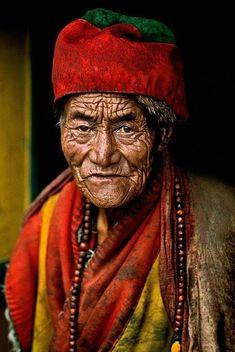 Eloquence-Eye-Steve-McCurry-Yeux-Regard-Photos-14.jpg (590×882)