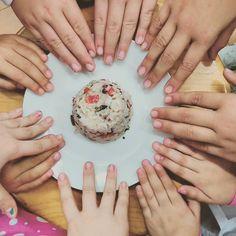 Que felices los peques con sus Timbales de Arroz. Son unos superchefs de primera  #healthykids #healthyfood #alimentaciónsaludable #vegetariano