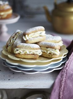 I've made a lot of shortbread over the years but these remain my favorite. Use passionfruit syrup from the supermarket when the fresh fruit aren't available. Baking Recipes, Cookie Recipes, Dessert Recipes, Dessert Ideas, Afternoon Tea Recipes, Delicious Desserts, Yummy Food, Shortbread Recipes, Meals For The Week