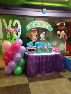 Cumpleaños de la doctora juguetes