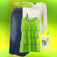 .Love the green and polka dots